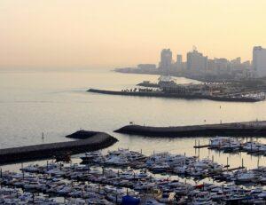 Dawn is breaking•Kuwait City